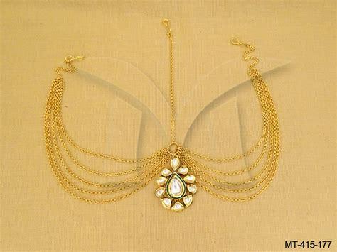 Bridal Kundan Maang Tikka Setj jewellery on manekratna