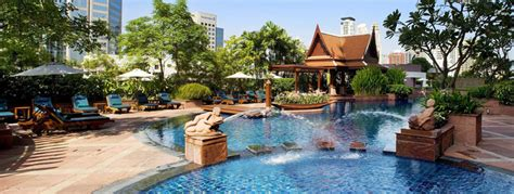 plaza ath 233 n 233 e bangkok a royal m 233 ridien hotel in chidlom