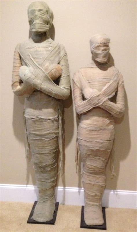 Egyptian Life Mumrealistic Halloween Statue