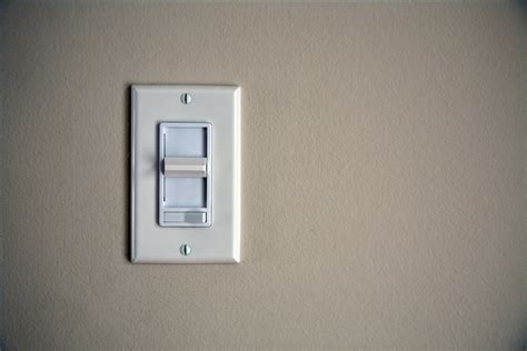 how to fix a buzzing dimmer light with ehow