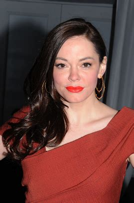 Rose McGowan guest stars on