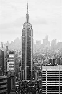 New York City: An Overview in Black and White