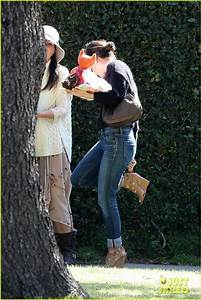 Rachel Bilson: Kristen Bell's Baby Shower!: Photo 2821249 ...