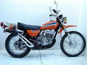 Weier Here  1974 Suzuki Ts400