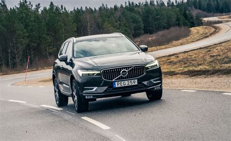 2018 Volvo Xc60 T6 First Ride  Review  Car And Driver