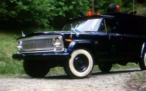 1970 jeep gladiator imcdb org 1970 jeep gladiator j 20 in quot jönssonligan får