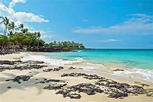 4 picture perfect honeymoons with luna green wedding With best hawaiian island for honeymoon