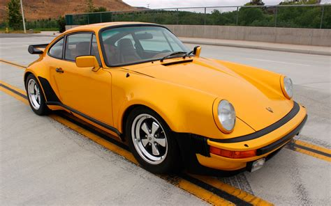 Special 1979 Porsche 911 Turbo Signature Series Heads To