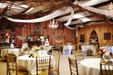 aldas magnolia hill  rock ar wedding venue