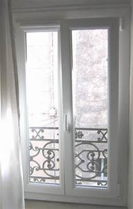 fenetre 2 vantaux oscillo battant en pvc blanc avec grille With porte d entrée pvc avec porte fenetre oscillo battant prix