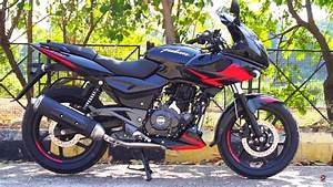 Bajaj Pulsar 220f Abs Launched At Inr 1 05 Lakh