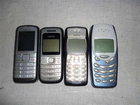 antiguos celulares nokia  en mercado libre