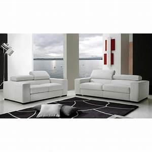 2 canapes dans un salon maison design wibliacom With tapis de couloir avec canapé italien direct usine