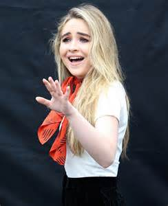 Sabrina Carpenter 2016 Toes