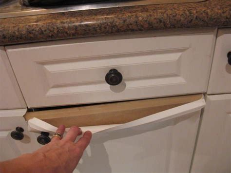 How To Paint Cupboard Doors by How Do You Paint Laminate Kitchen Cupboards When They Re