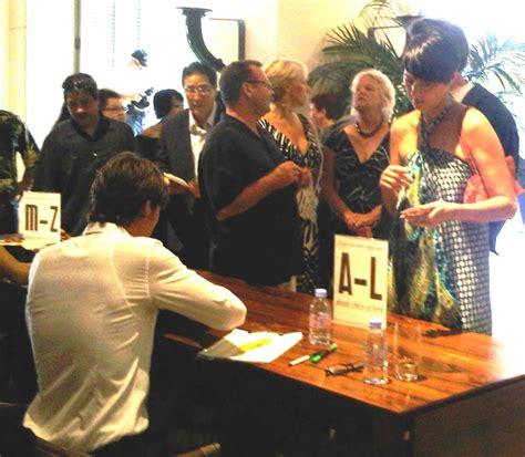 hawaii visitors and convention bureau now visitors bureau touts apec at marketing events