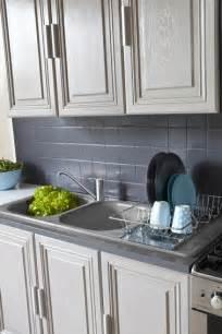 peinture meuble cuisine chene la peinture pour meuble de cuisine qui ne cache pas le