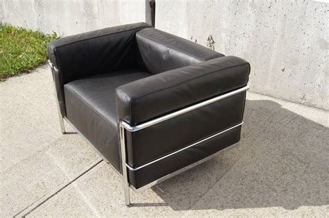 lc3 grand confort lounge chair by le corbusier at 1stdibs