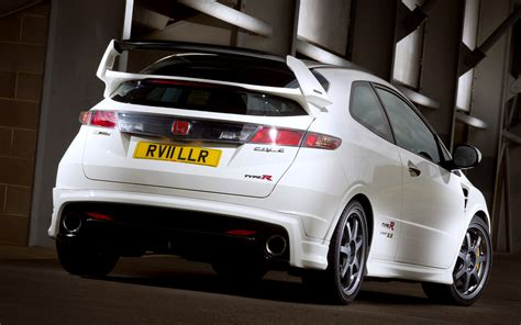 Honda City Backgrounds by White Honda City R Wallpapers Hd Desktop And Mobile