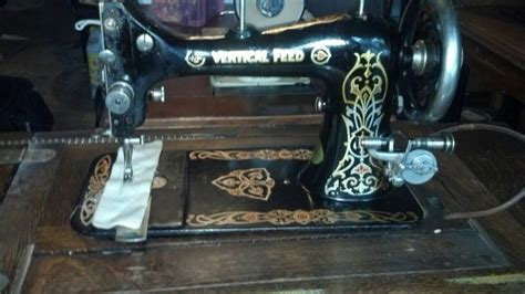 87 best vintage davis vertical feed sewing machines images pinterest sewing