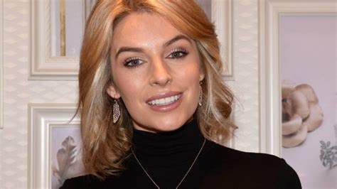 Pippa O'connor Home Decor : Pippa O'connor Has Teased Fans With An Exciting