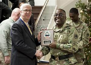 DLA Distribution Current Operations chief retires after 38 ...