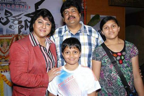 actress jayanthi daughter malashree photos pictures wallpapers