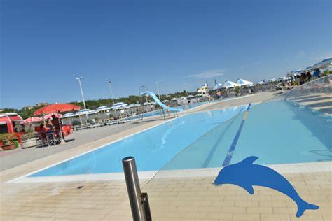bagni lungomare sottomarina bagni lungomare il pi 249 grande stabilimento balneare di