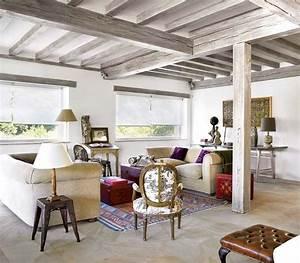 les 25 meilleures idees de la categorie poutre plafonds With peindre un plafond avec des poutres 2 les poutres et le plafond ou lachavement de la mezzanine