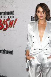 Willa Holland – EW Party at San Diego Comic-Con ...