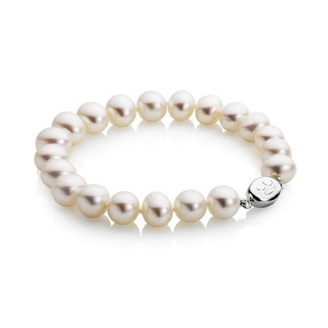 classic pearl bracelet 8 5 9 5mm white classic pearl bracelet jewellery by