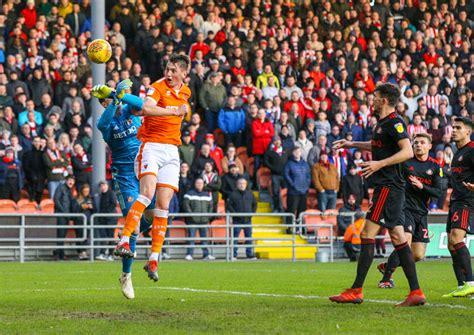 Leeds defender O'Connor could thrive if Sunderland ...
