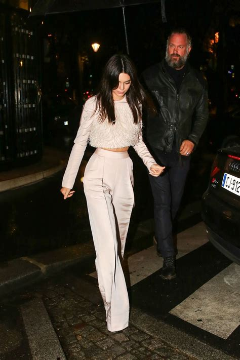 Best 25+ Kendall jenner style ideas on Pinterest | Kendall jenner outfits Kendall jenner ...