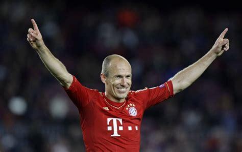 Bayern Munich Transfer News: Arjen Robben and Mario Gomez ...