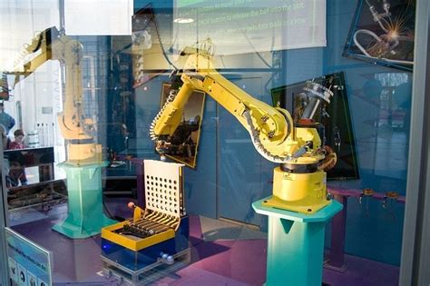 Robots Could Take Half Of Japanese Jobs By 2035
