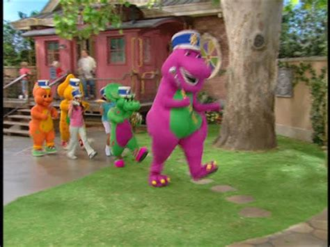 Come along for great musical adventures with your favorite purple dinosaur! Barney Musical Zoo