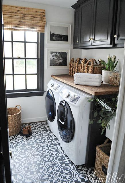 25 best ideas about laundry room tile on