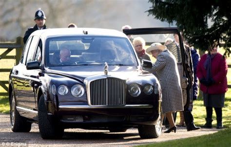 Queen's Luxury Bentley Fails To Start After Sandringham