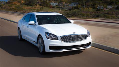 kia   drive  key luxury motortrend