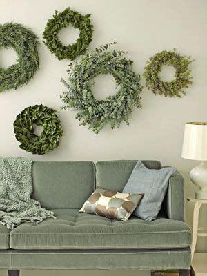 decorating  holiday greenery home decor christmas