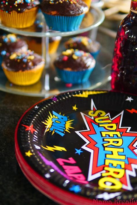 superhelden deko superhelden geburtstag ideen deko spiele und rezepte