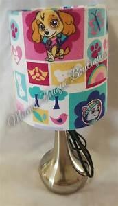 Paw Patrol Lampe : best 25 nursery lamps ideas on pinterest nursery chairs nursery and neutral childrens curtains ~ Whattoseeinmadrid.com Haus und Dekorationen