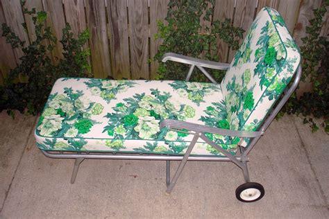 chaises retro vintage aluminum lawn patio chaise longue floral green