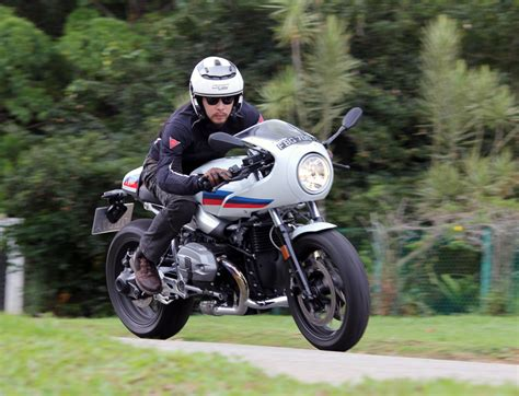 Modification Bmw R Nine T Racer by Bmw R Nine T Racer 2018 Review Carbuyer