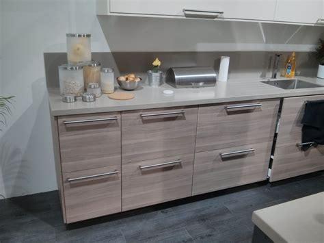 plinthes cuisine ikea plinthe meuble cuisine ikea stunning lovely plinthe