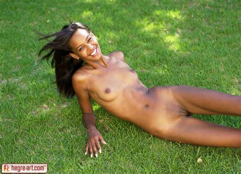 Hegre Art Naomi Green Grass Hegre Girls