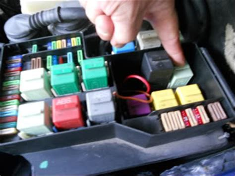 95 Bmw 318i Fuse Box Diagram by A Map To Relay Locations 92 95 E36 S Bmw Maintenance