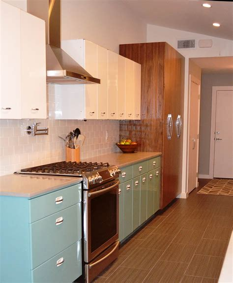 photos of kitchen cabinets sam has a great experience with powder coating her vintage