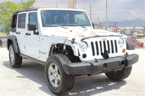 crashed jeep wrangler sell used 2012 jeep wrangler unlimited rubicon 4wd damaged