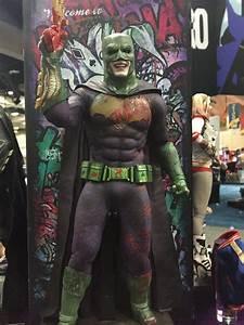 Batman Suicid Squad : suicide squad frees harley quinn and the joker in time for comic con ~ Medecine-chirurgie-esthetiques.com Avis de Voitures